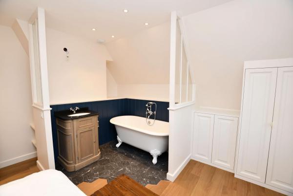Création d'une salle de bain dans une chambre près de Carnac